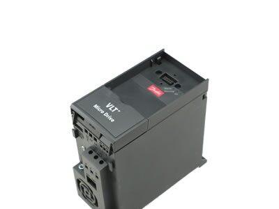 DANFOSS丹佛斯 132F0018 变频器 380V 0.75KW