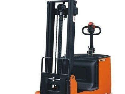 维搬诺电动堆高车|堆垛机|堆垛车供