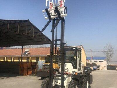 三吨柴油叉车 建筑工地装卸货物专用