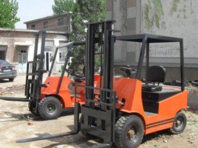 鼎宝 电动叉车小型工厂装卸货物专用