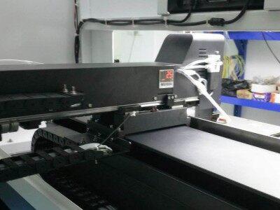 新技智能 002  视觉点胶机 自动点胶