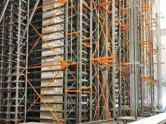多层穿梭式货架立柱设计及优选结构
